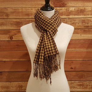 """Two-Toned Brown Houndstooth Scarf Wrap 27"""" x 66"""""""